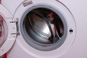 Чистка стиральной машины-автомат: удаление накипи и черной плесени лимонной кислотой