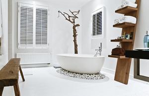 Скандинавский стиль в ванной - это простор и светлые тона.
