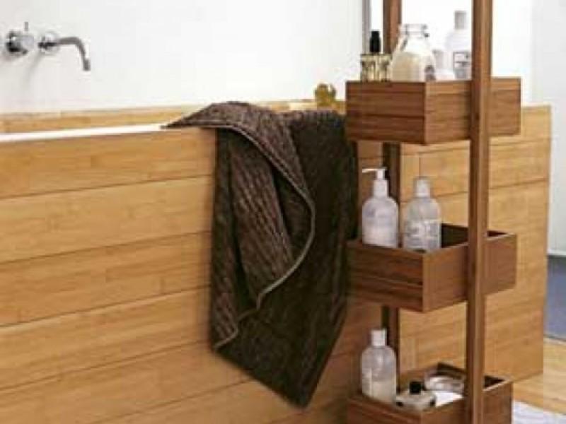 Полочки возле ванной