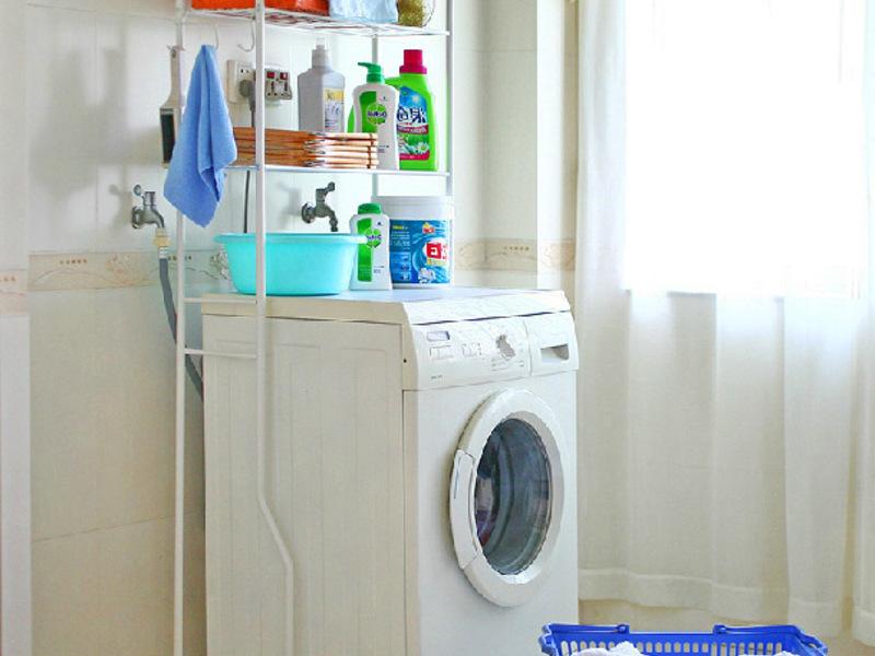 Пример хранения вещей в ванной