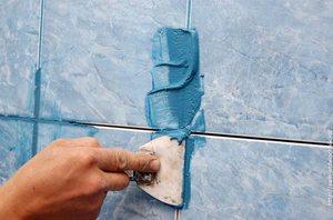 Чем затирают швы между плитками
