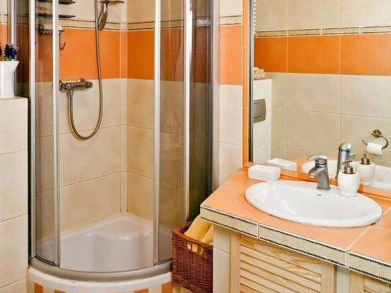 Как выбрать душевую кабинку для ванной