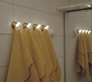 Вешалки для полотенец  комнату на присосках